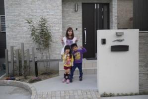 兵庫県 K様 東芝太陽光発電システム_____方角・角度共に最高のお屋根に設置して頂きました。